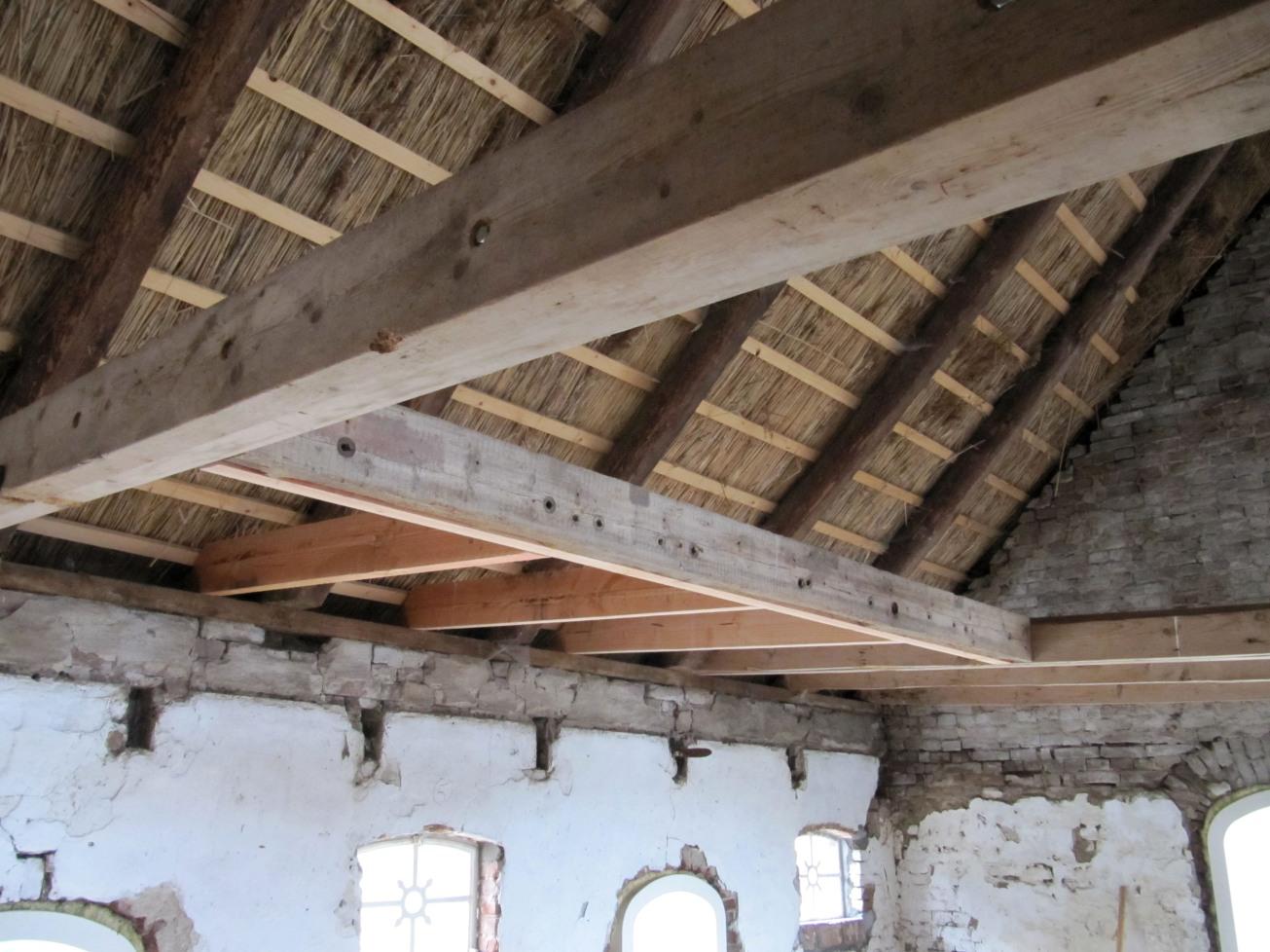 Midweek in okkenbroek 26 t m 29 december huis in huis in okkenbroek - Opruimen houten balk ...