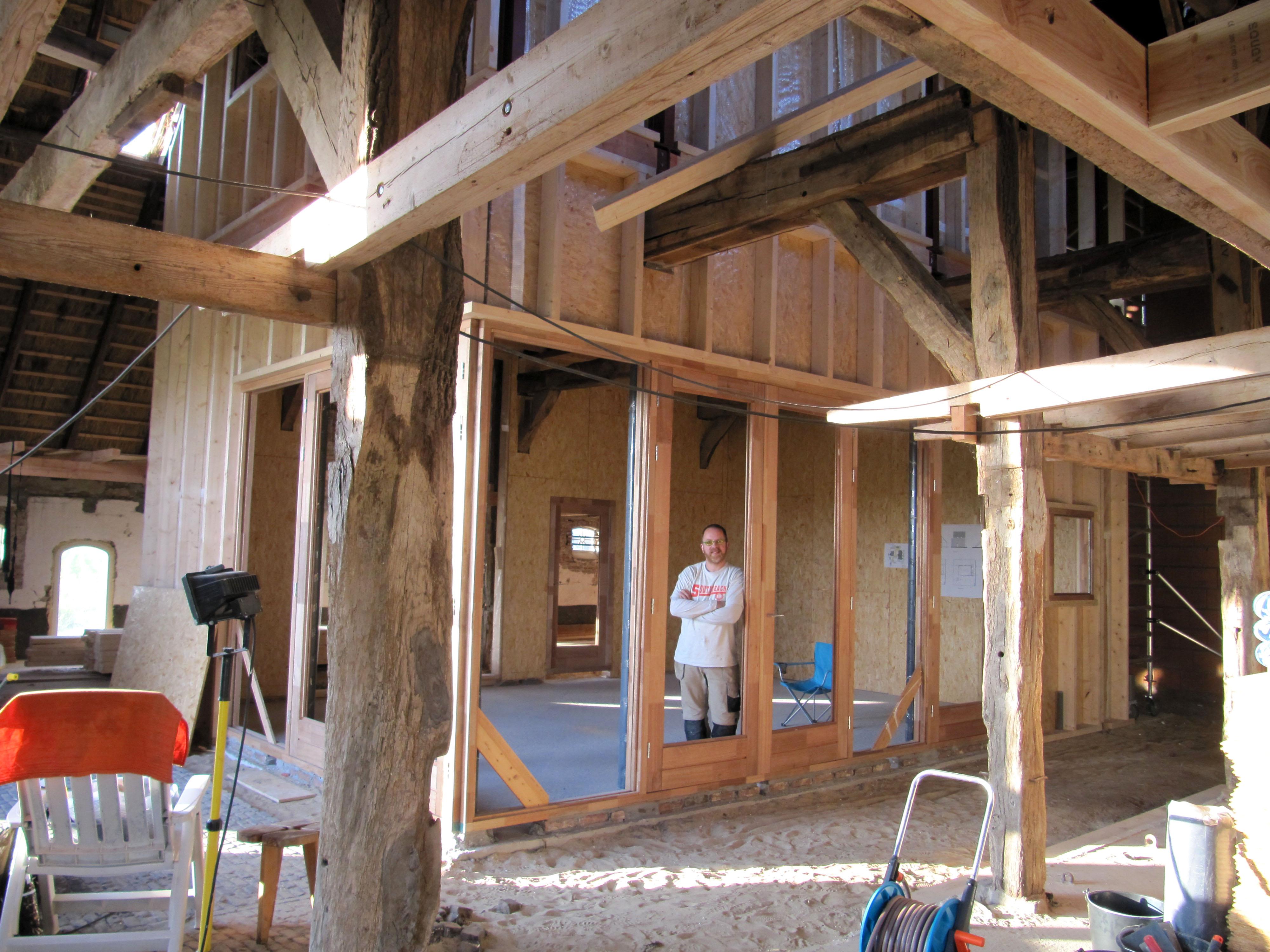 Creatief met hout huis in huis in okkenbroek for Hout huis